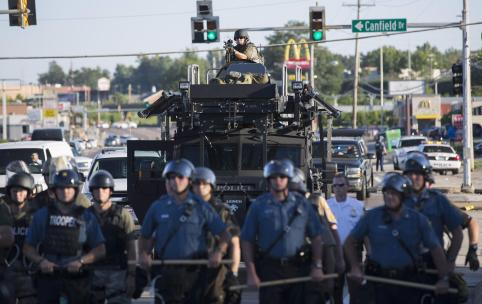 police+military+equipment+2