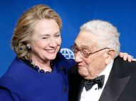 RT_hillary_clinton_and_henry_kissinger_3a_ml_160518_4x3_992